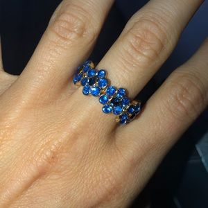 Charming Charlie flower stretch ring